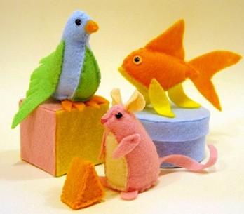 Diy super cute felt cat toys pet project for Felt cat toys diy