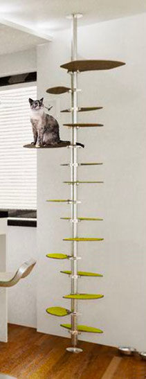 Diy cat towers from ikea s stolmen pet project for Bookshelf cat tower